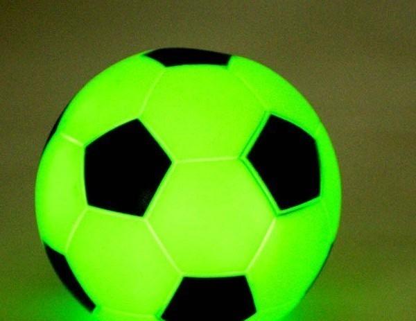 Маленький светильник хамелеон мяч футбольный Киев - изображение 1. Реклама